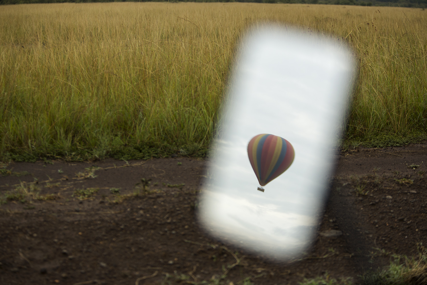 Balloon and rear view mirror