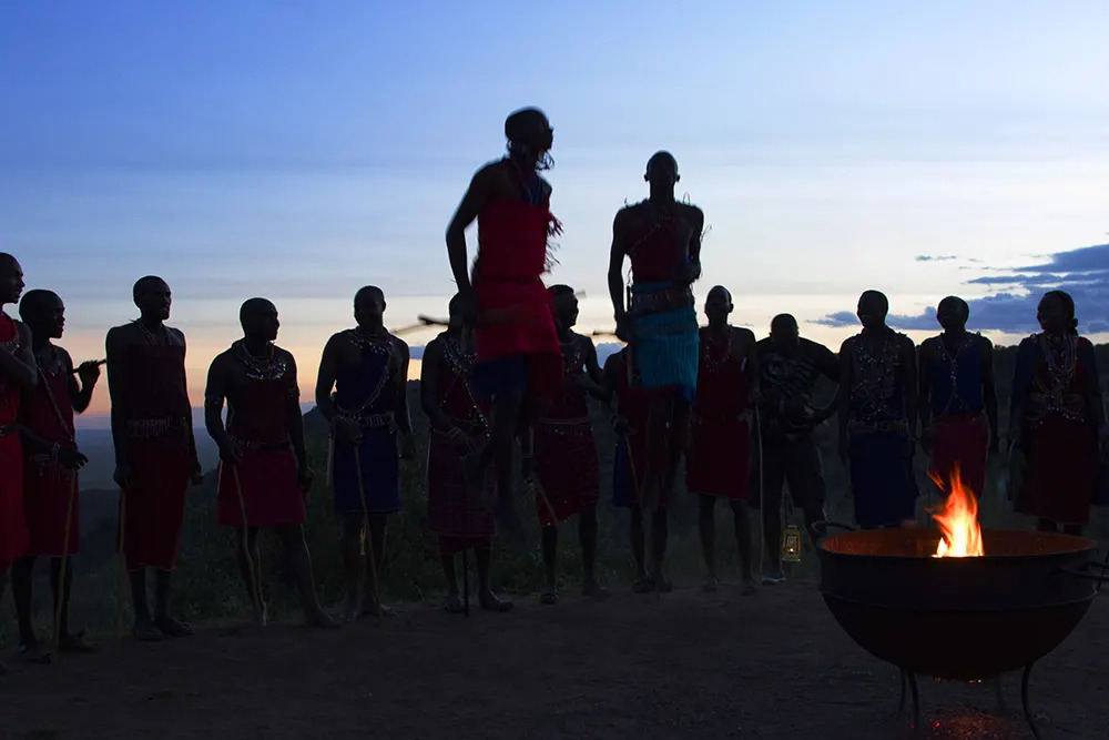16. Angama Valentines Day Maasai Boma_©StarsofAfrica_webb