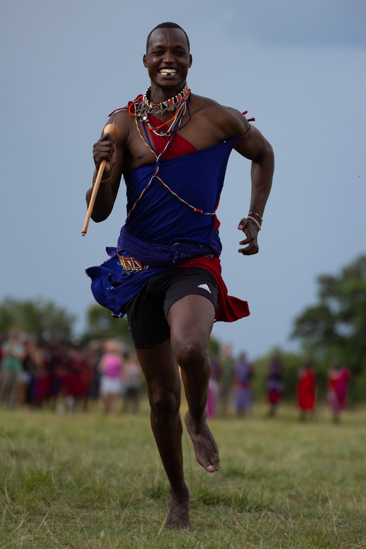 Maasai straight on running