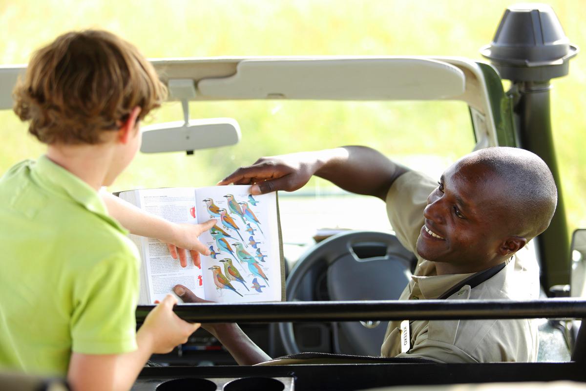 Titus teaching kids about birds