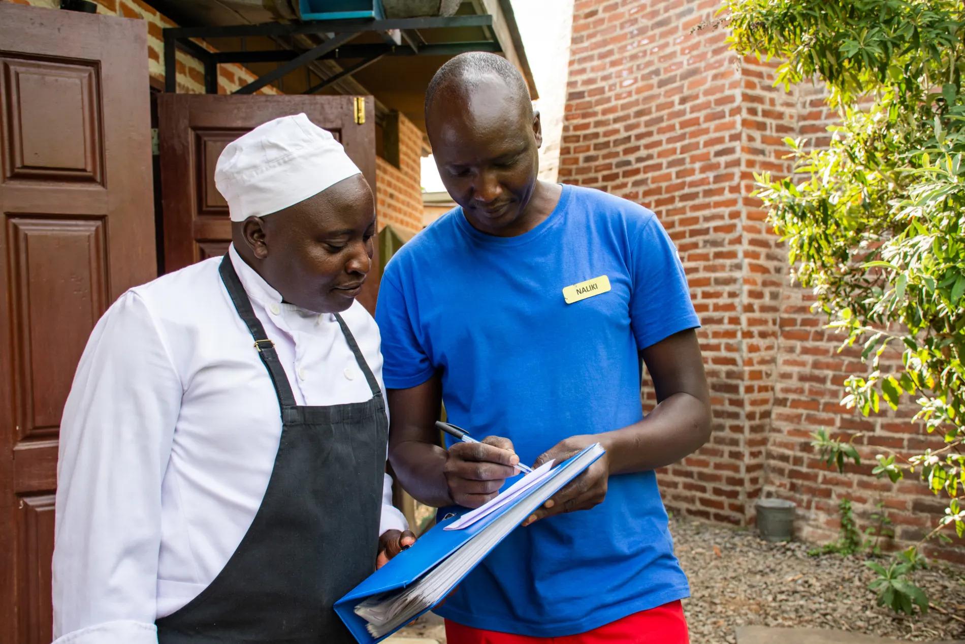 Naliki and chef