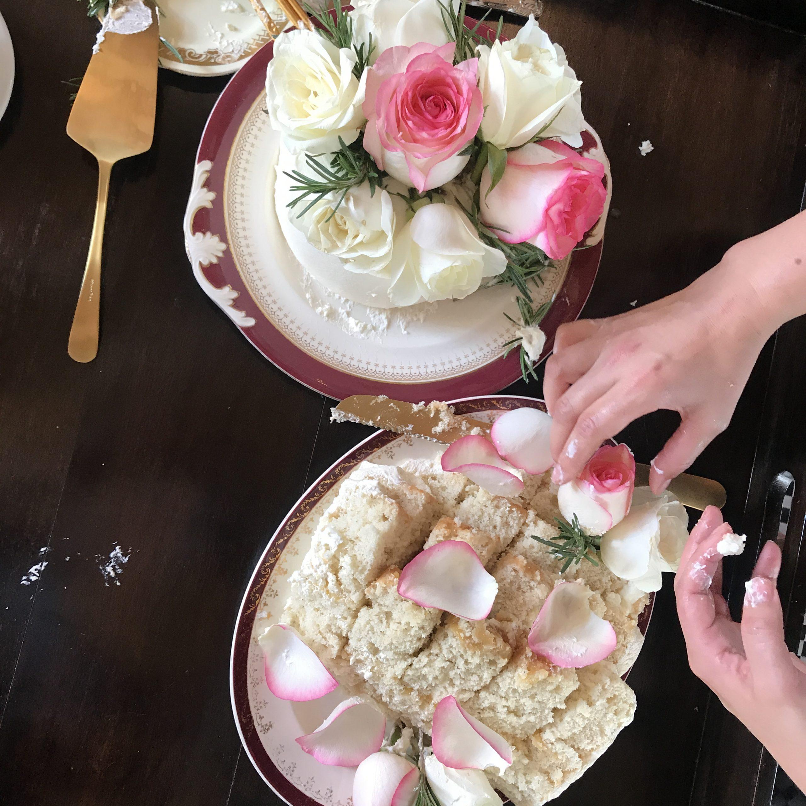 Wedding cake at angama mara