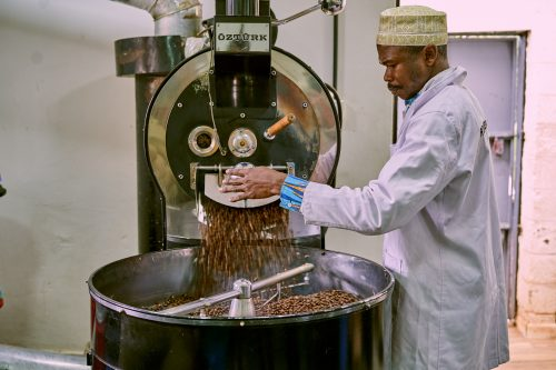 Head Roaster Mohammed knows the right time and temp for each bean