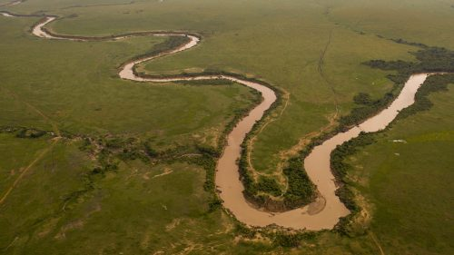 The winding Mara River and the 'U' Crossing Point in Kenya